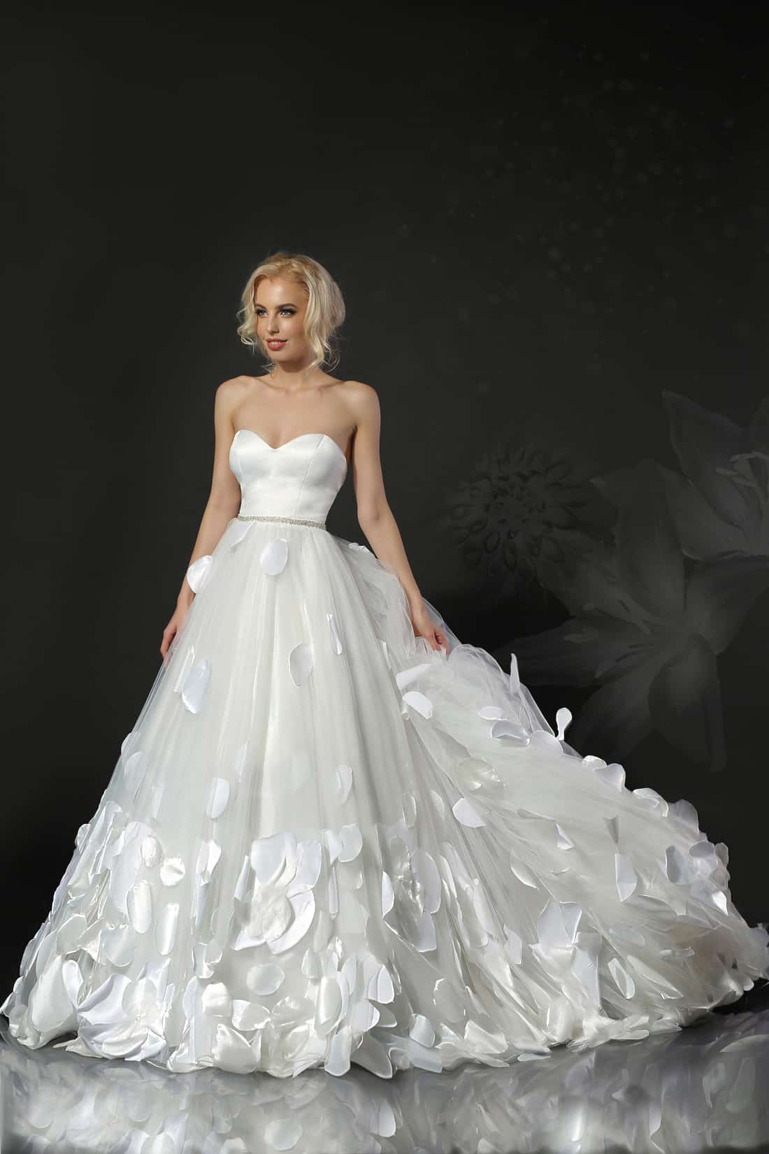 Cassandra- Colectia Feeria - Adora Sposa