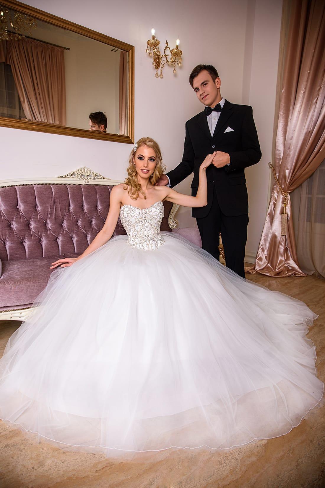 Nonna Model - Colectia Baroque - Adora Sposa (2)